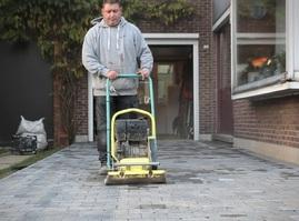 Bestratings- en rioleringswerken Stijn Bevers- Kontich - Aanleg van opritten en terrassen